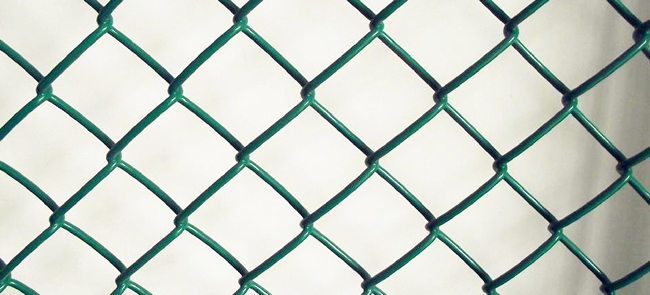 PVC Coated Chain Link Fence Allow For Barbed Wire Installation On ...